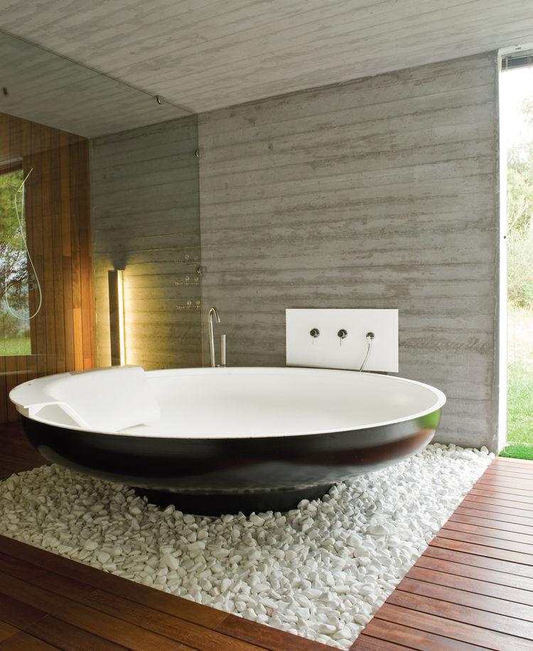 plane house greece bathroom bathtub