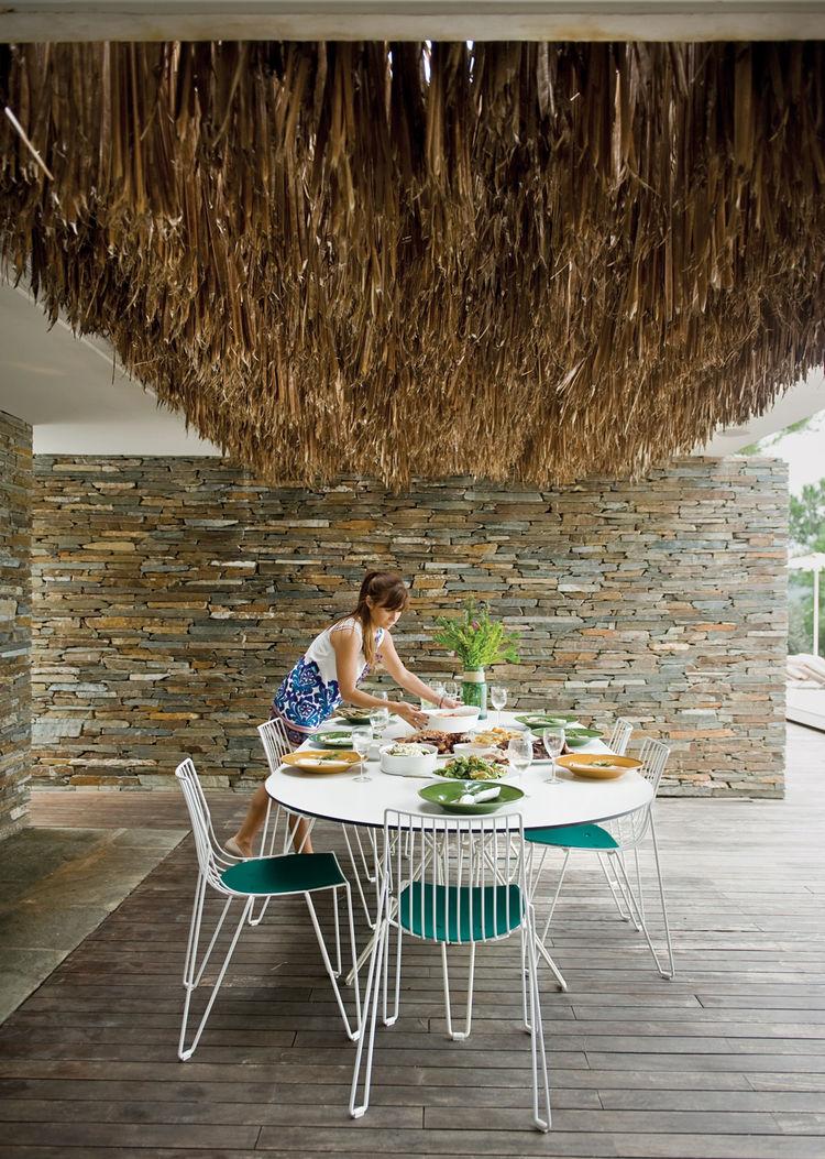 plane house greece outdoor table
