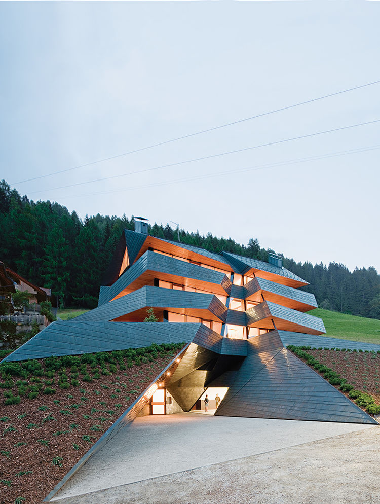 sesto, italy, apartment building, plasma studio