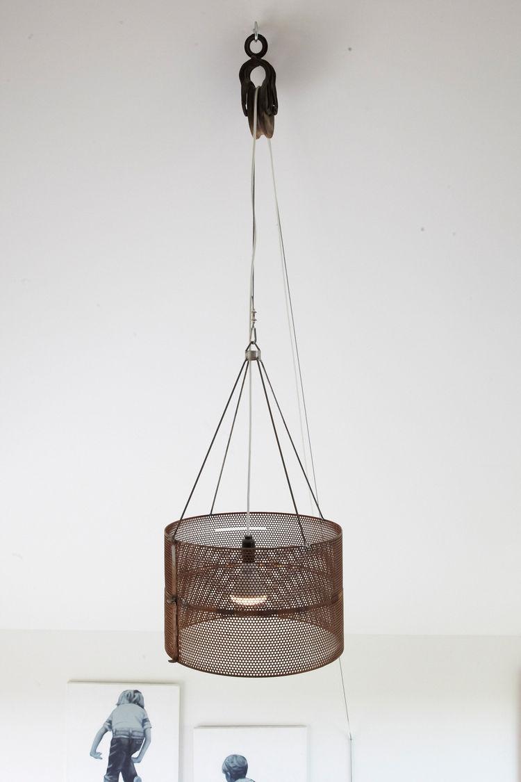 Modern hanging lighting fixture with adjustable cord