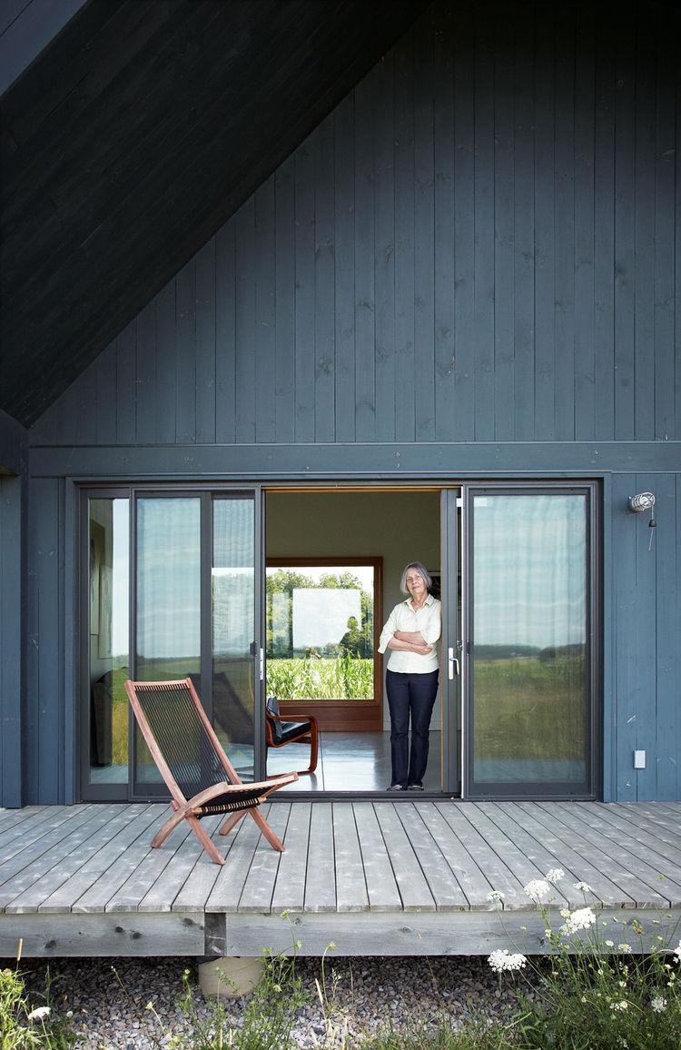 Modern porch deck with casement windows
