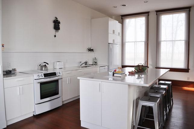 Wisconsin schoolhouse kitchen