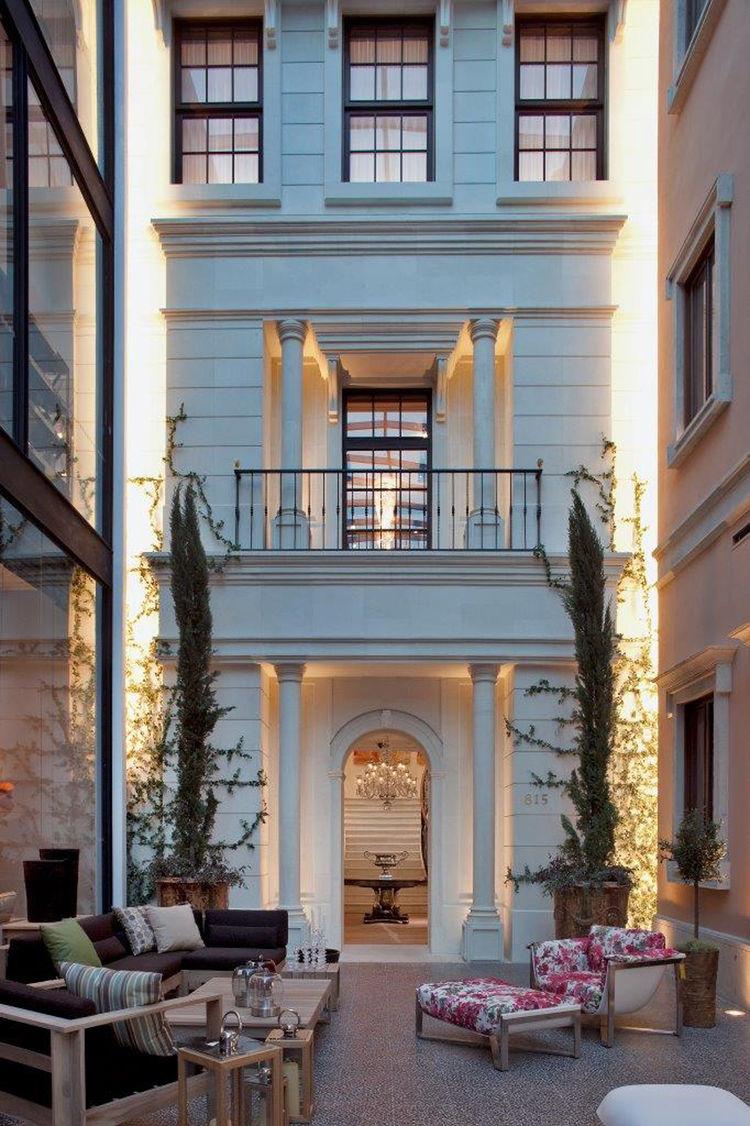 casa palacio mansion exterior