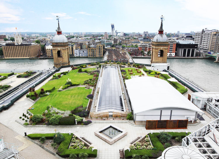 Cannon Bridge Roof Garden in London