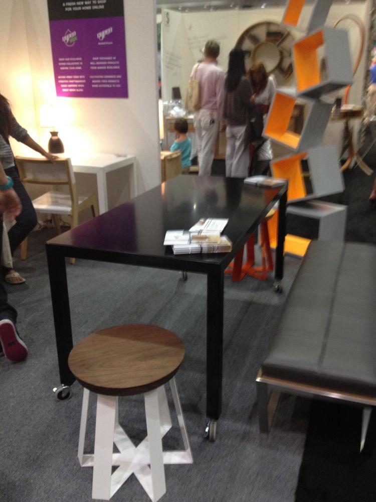 Foundation Desk by Rypen