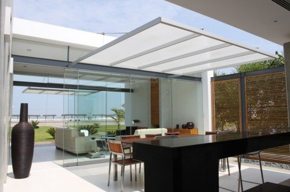 Modern kitchen with glass dividers in Bora Bora