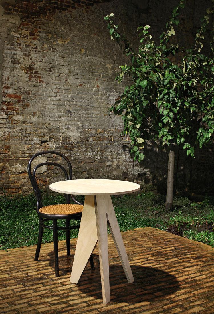 Labt side table