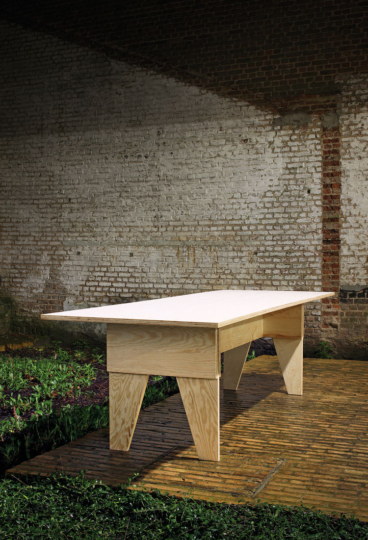 Labt table plywood