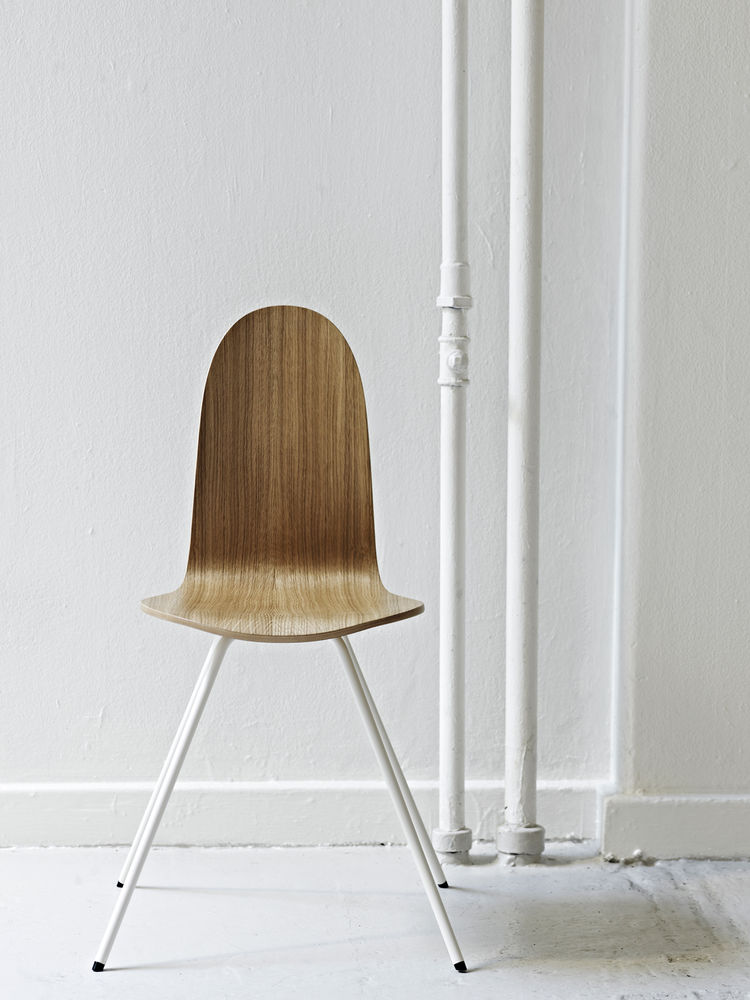 The Tongue chair by Arne Jacobsen
