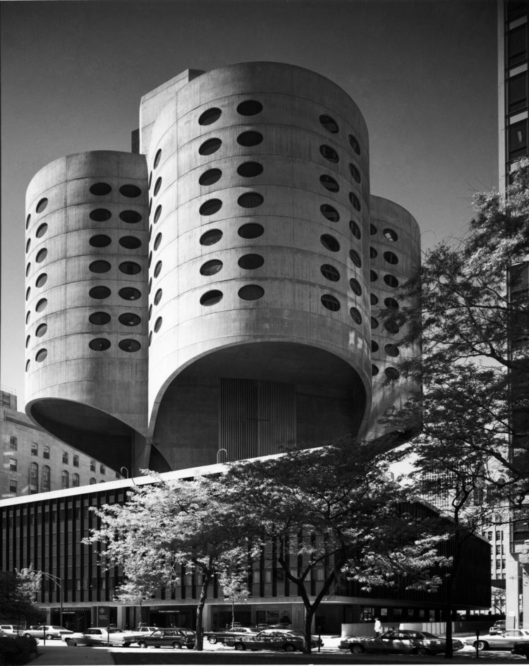 bertrand goldberg prentice hospital
