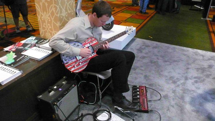 3D-printed guitar
