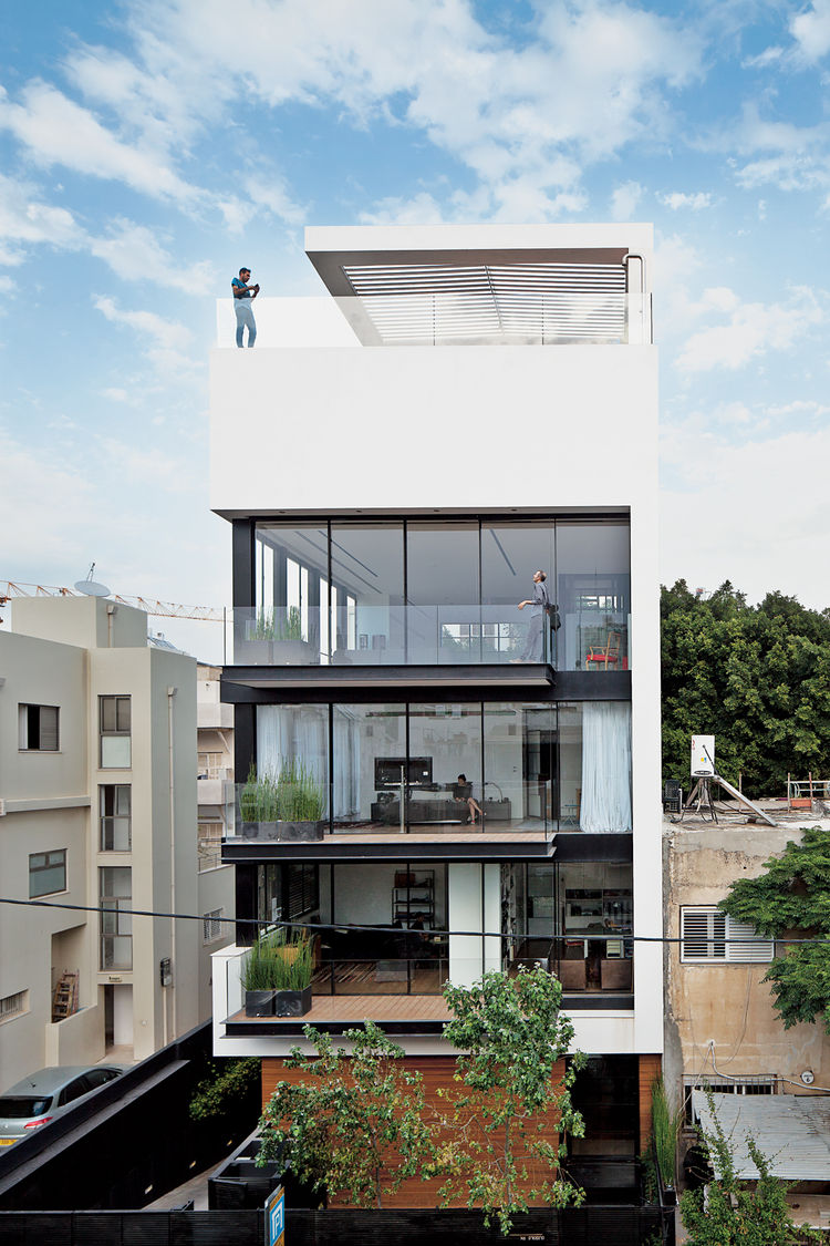 modern town house Israel white facade