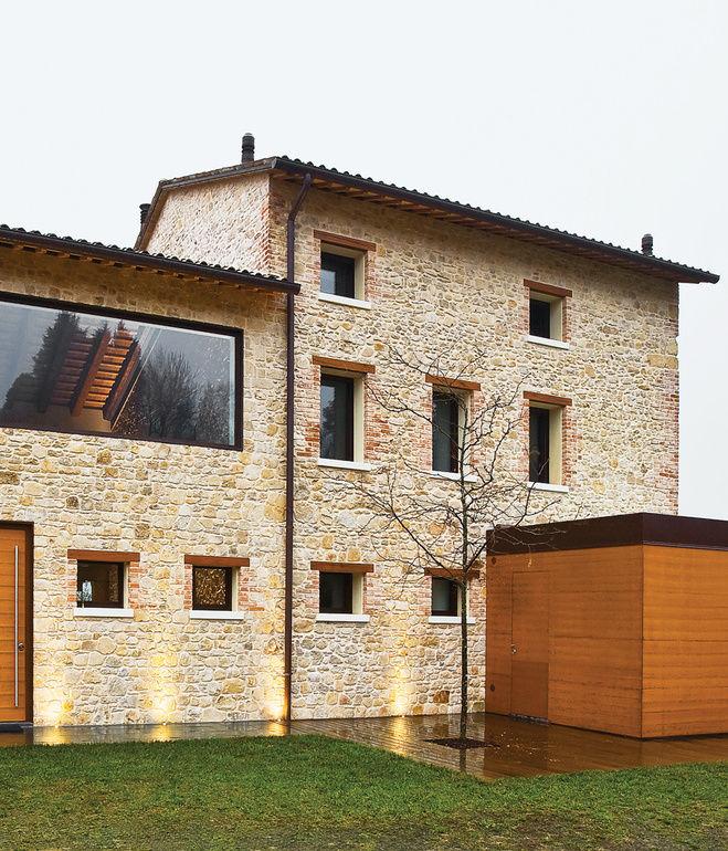 chiavelli residence facade exterior