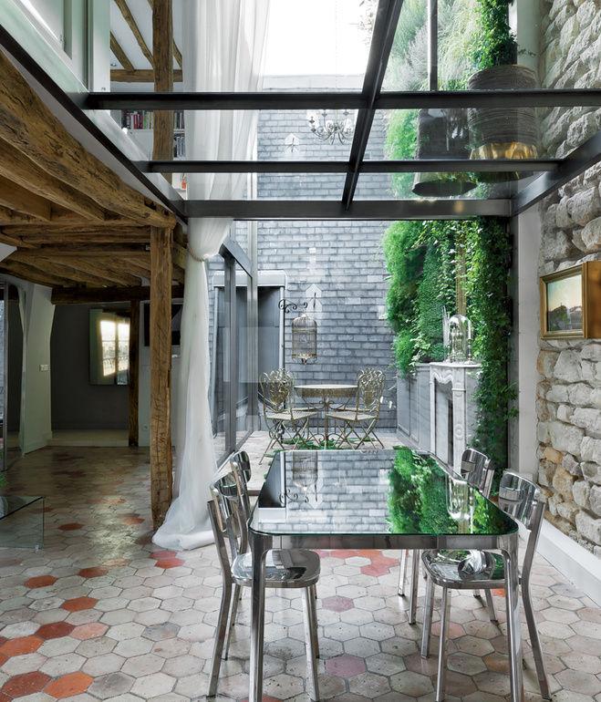 rue vignon dining room