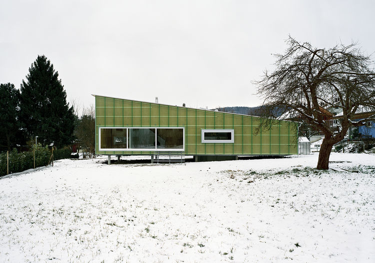 straw tech exterior