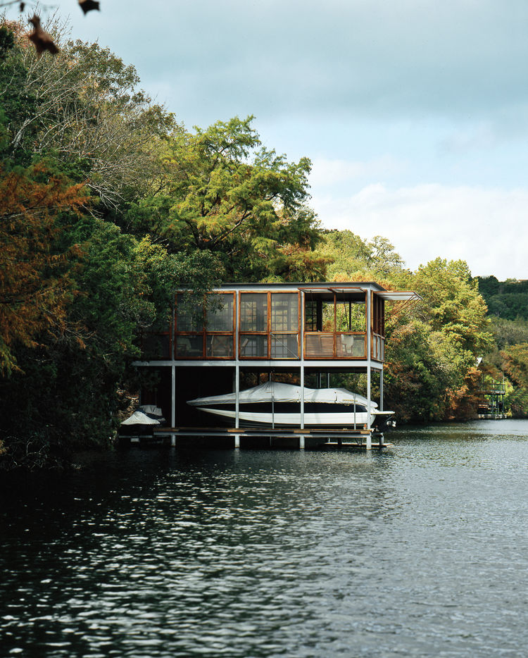 little boathouse texas exterior