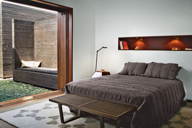 venice home interior bedroom
