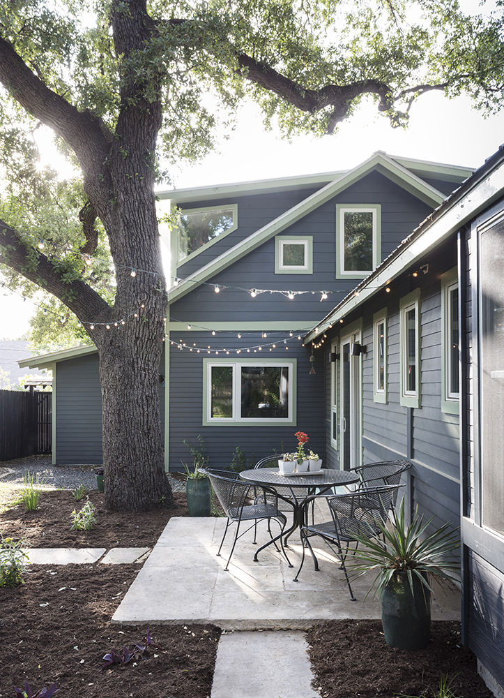Facade Andersen windows bungalow Austin Texas remodel renovation Merzbau Design Collective
