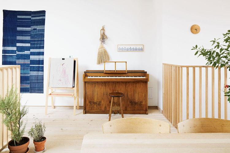 mijolk boutique owners renovate their Toronto dwelling interior