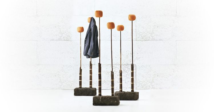 coatstand, coat rack, pompoms