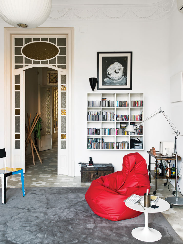 library, chaise lounge, lamp