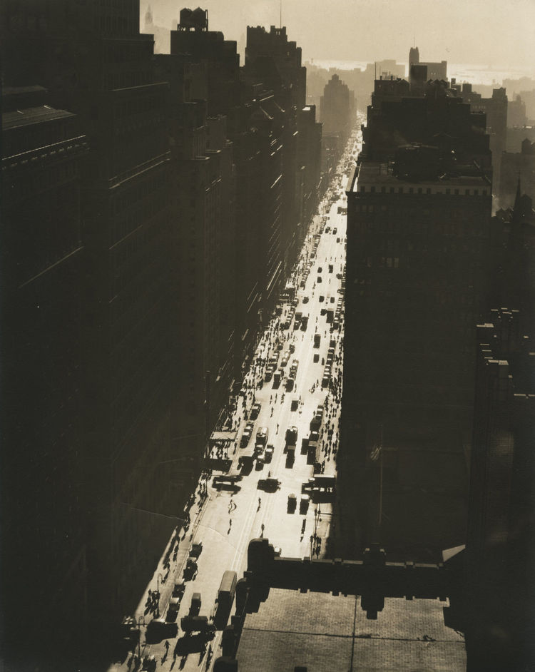 Berenice Abbott -- Seventh Avenue, Looking South from 35th Street, December 5, 1935