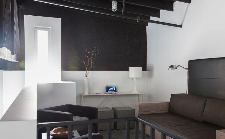 404 Nashville living room loft interior