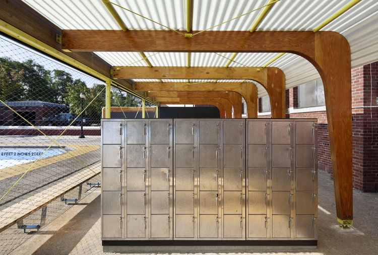 parsons high bridge lockers pool outdoor changing room