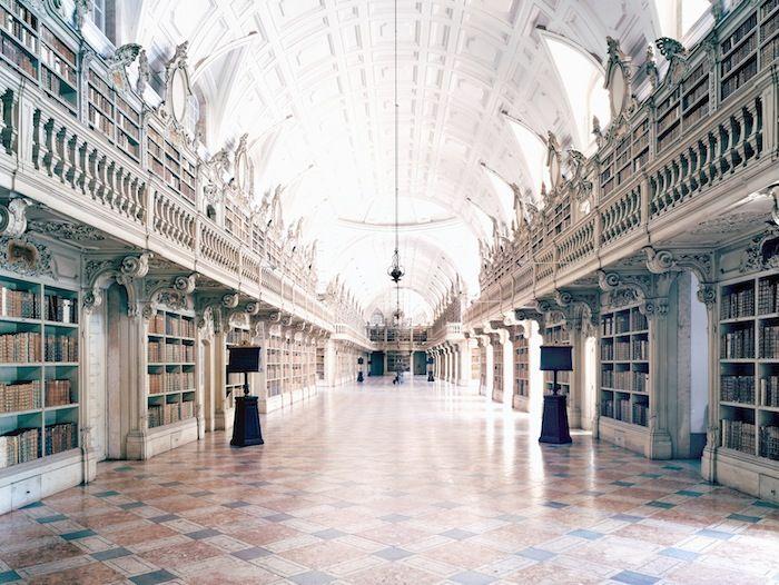 Biblioteca do Palácio e Convento de Mafra I