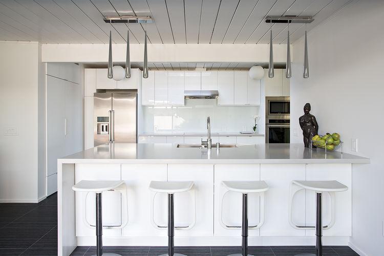 burlingame eichler kitchen with single-plane island