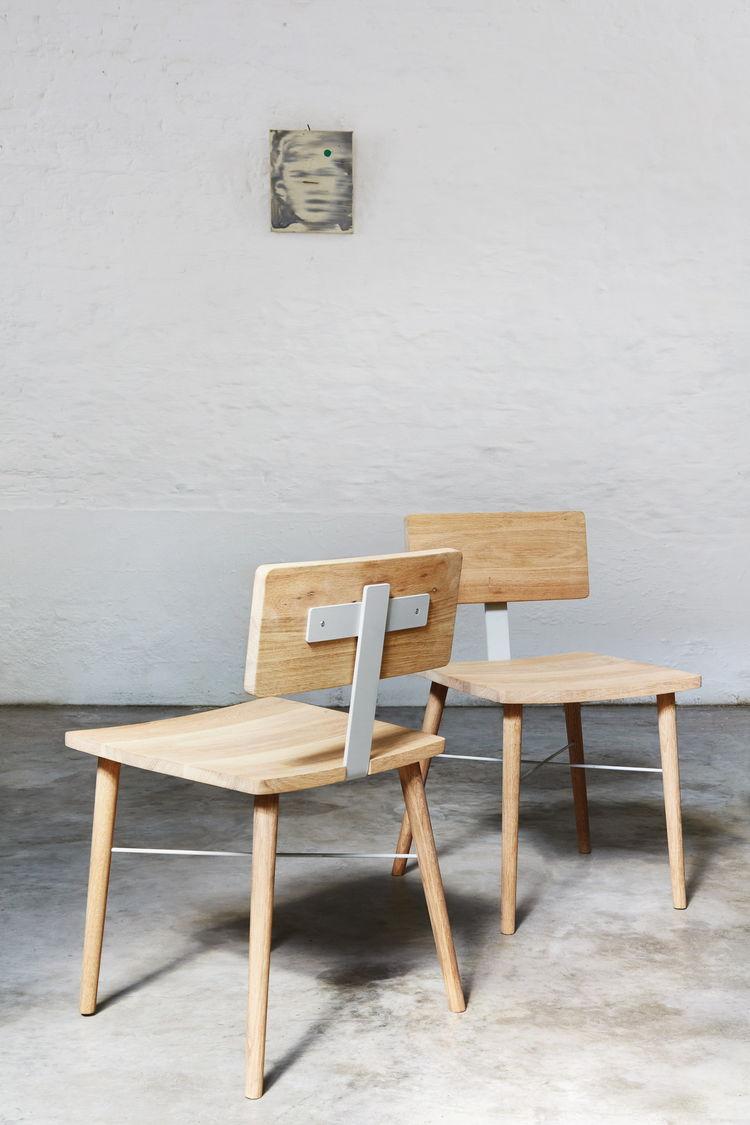 dowel chairs
