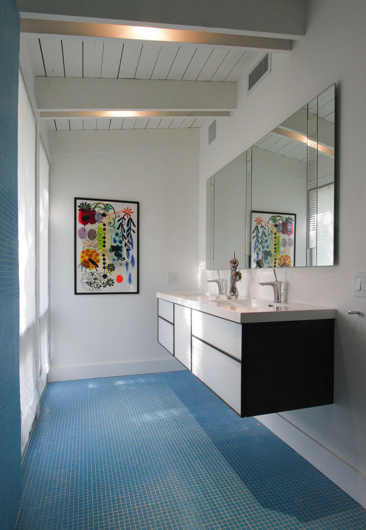palm beach house bathroom