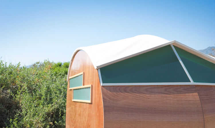 Luxury, mobile prefab made from sustainable materials