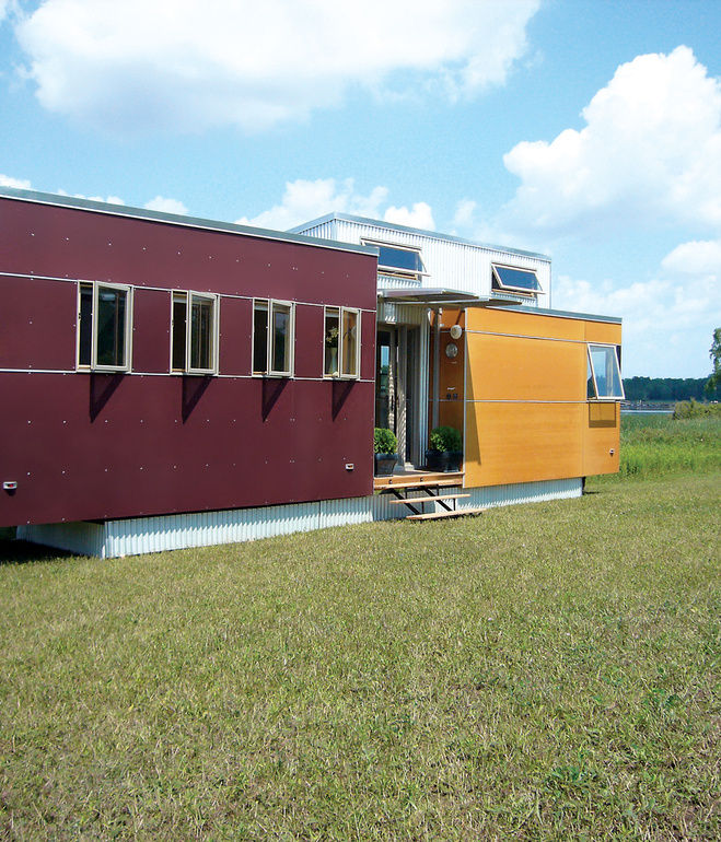 Modern prefabs for urban settings and vacation homes