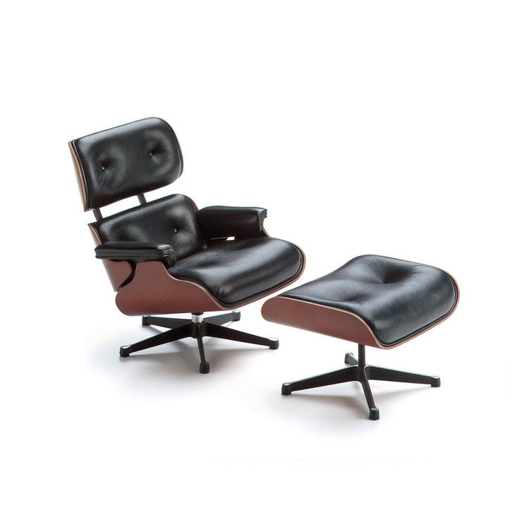 Eames chair, black leather