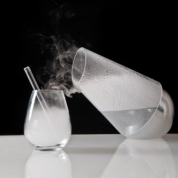 Glass carafe turns liquid into vapor