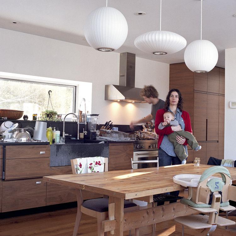 Modern light-filled family home in Maine