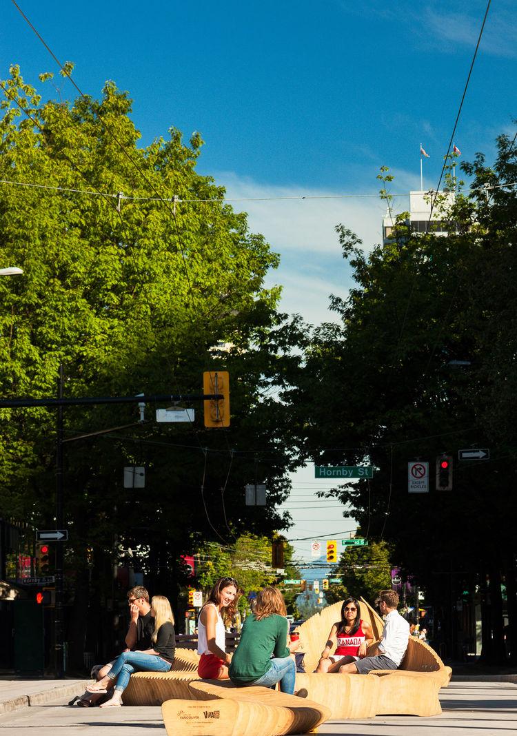 """Urban reef"" public installation in Vancouver"