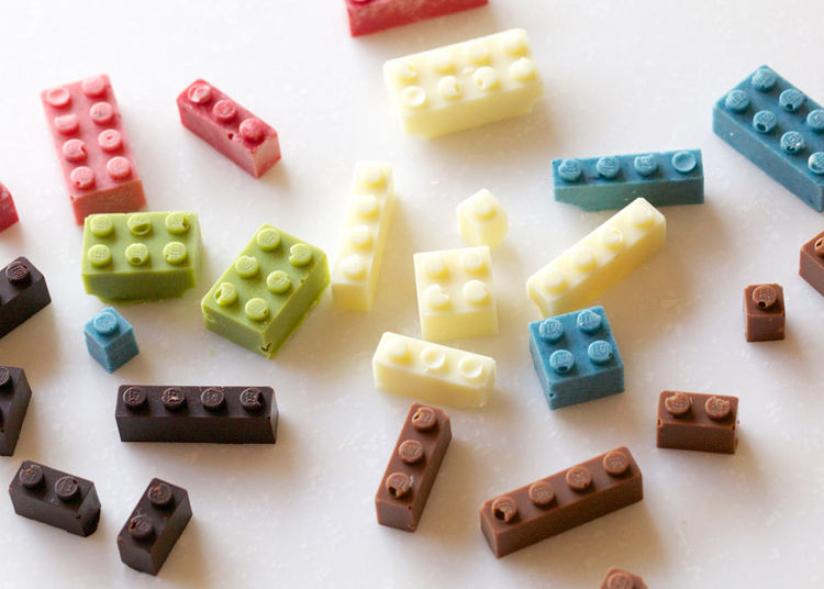 Toy blocks made from chocolate by Akihiro Mizuuchi