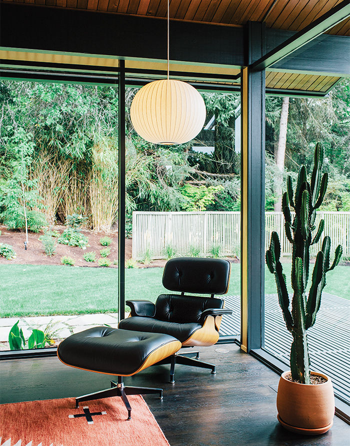 Midcentury Portland house with Eames lounge and George Nelson Bubble Lamp