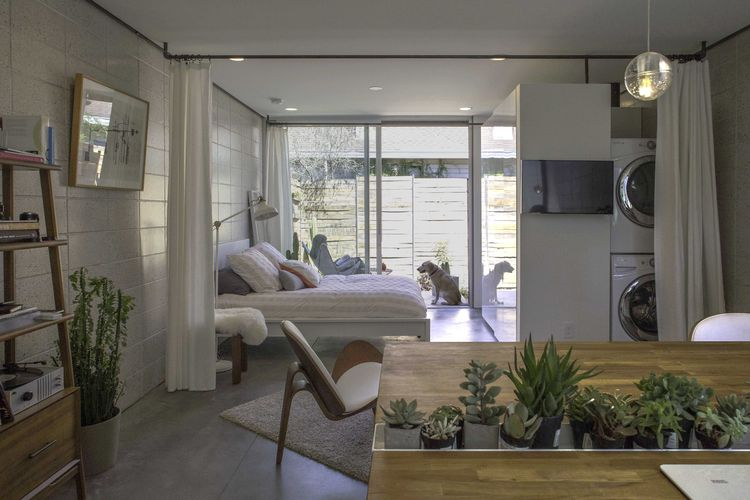 Phoenix small apartment with curtains as room dividers