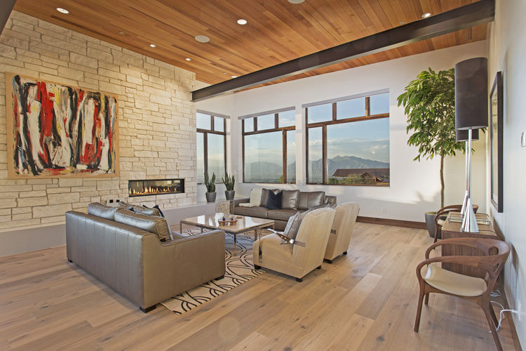 A modern mountain residence in Woodland Hills, Utah.