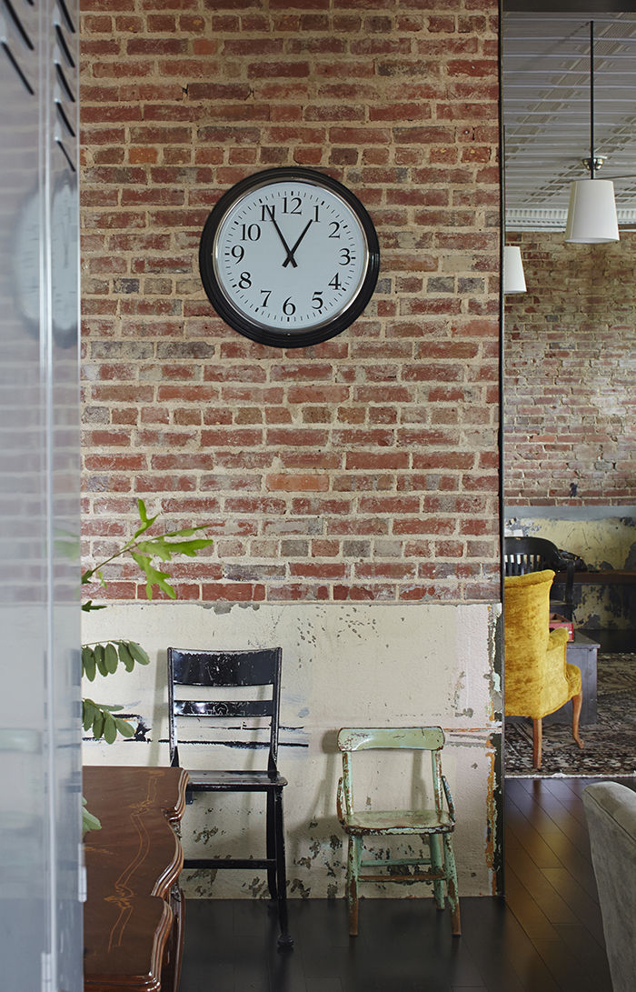 moden auburn bragg house furniture chairs clock brick