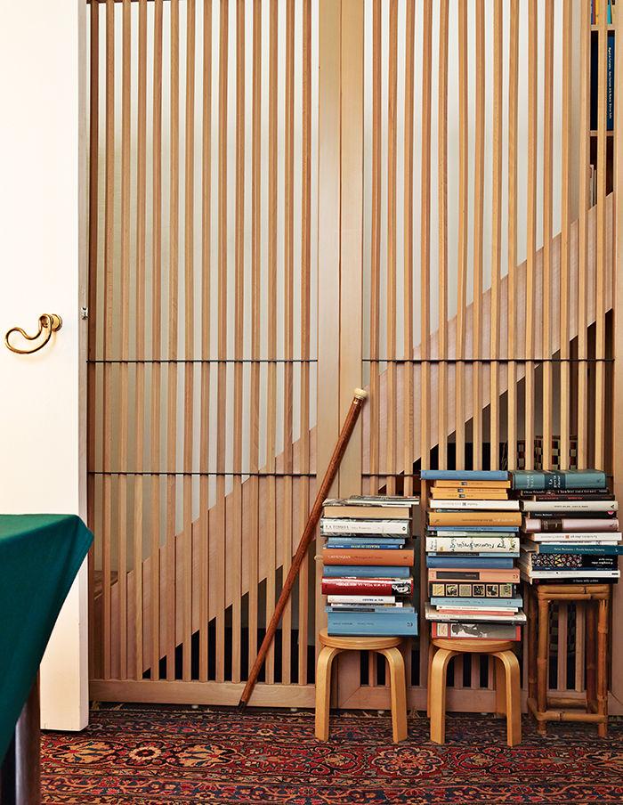 modern gae aplenty milan bedroom stools door handle otto A