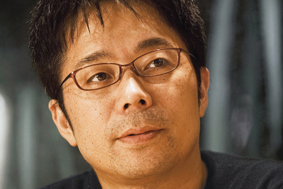 Japanese designer Tokujin Yoshioka, photographed by Masahiro Okamura.