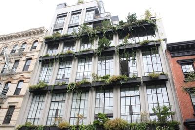 city modern flowerbox