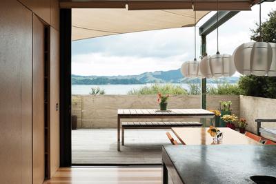 yates residence sliding doors view