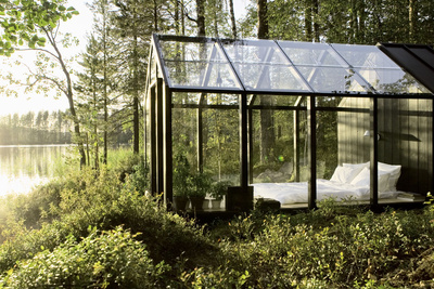 Modern prefab glass shed in Finland
