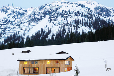 best in snow house exterior with mountain