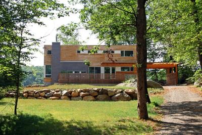 lake iosco house facade